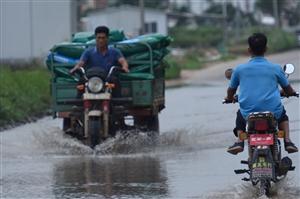珠海斗门,低洼道路水浸,给村民出行带来不便,能修吗?