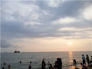 看鱼鳞洲夕阳红