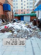 威尼斯人线上平台县水榭花都小区内垃圾成堆,又脏又臭