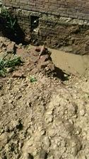 石佛�I污水改造把�S坑挖了三天了�]人管安�b咋回事啊找�l呀