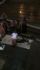 WOD天!盐亭梓江新城一小伙从高空坠落!