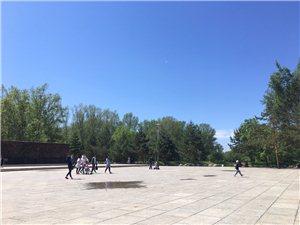 童年的乐趣蓝天白云,天公作美,不是雨天??,给孩子们一个美好的记忆!