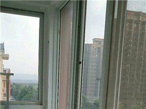 平安路郑煤小区五楼精装可办公可入住