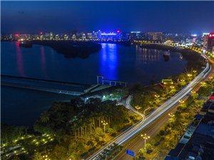 万泉河畔夜色美