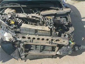 回收事故车,要没修的