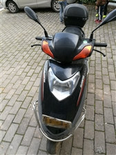 出售个人自用踏板摩托车