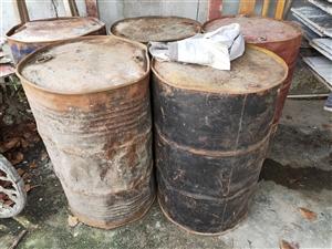 50升大铁桶转让