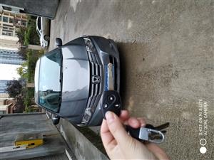 本田锋范2012年的车,1.5手动,天窗,倒车影像