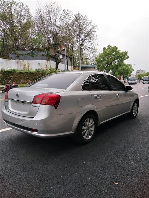 2012款,1,6排量,自动挡天窗版