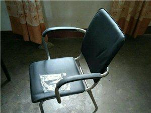 九五成新办公椅出手十张