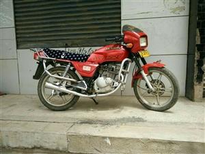 二手豪爵钻豹125型摩托车