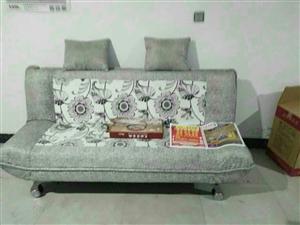 出售99成新折叠沙发,谁买谁合适