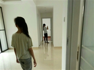 中视万泉湾3室2厅1卫79万元