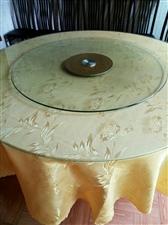 1米8的餐桌,配带椅子8张