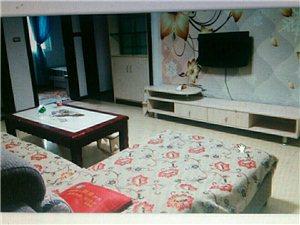 冠和财富广场3室1厅1卫1350元/月