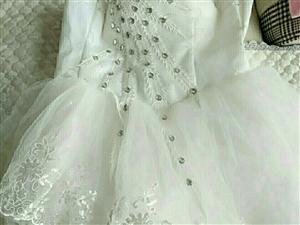 婚纱出售,全新的