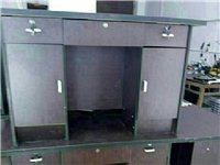 出售二手衣柜,电脑桌,资料柜,沙发等!