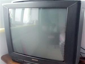 老牌国货北京牌电视机,显像和重音效果很棒。本县自提不包运费。