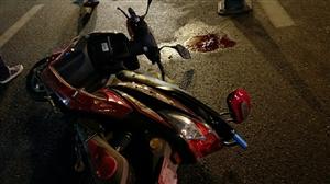 隆昌石油路发生一起车祸,驾驶员右脚骨折