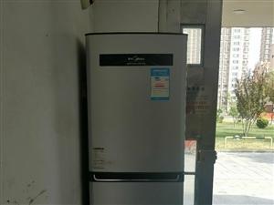 家里买新冰箱了,旧的出售有要的看看,不管送货自提