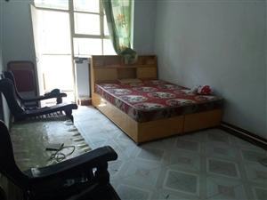 东实验学区3室1厅1卫80万元