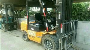 长期出租3.5吨叉车