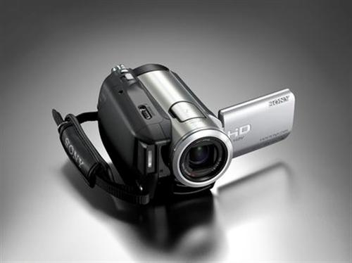 数码摄像机??,去年五月底在香港买的,回...