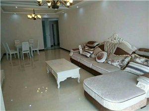 江畔明珠4室2厅2卫72.8万元