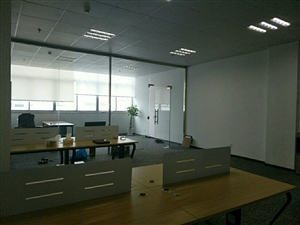 个人诚租精装办公展厅50至1200平