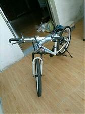 赛车,自行车,九成新,在灵璧县城交易。