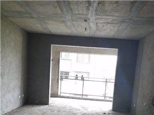黄金华府电梯房3室2厅2卫35万元
