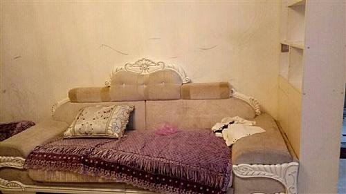 沙發8成新15年買的房子太小沙發大了所以...