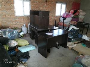 上下铺铁床,办公桌,席梦思床垫子,各种旧...