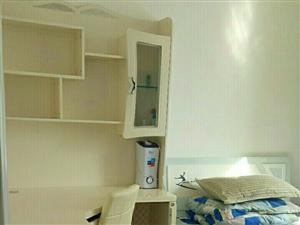 逸东小区3室2厅1卫1500元/月