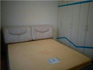 三台山小区3室2厅1卫1060元/月