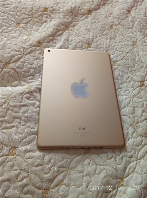 蘋果ⅰpad128CB今年剛買的平板
