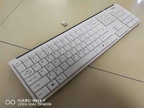 转自用白色富勒超薄无线键盘成色不错