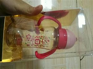 小狮王辛巴PPSU吸管杯,在天猫买的,平...