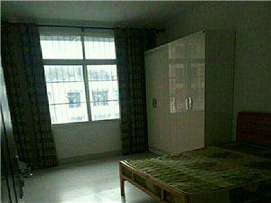 香山丽景3室2厅2卫1000元/月