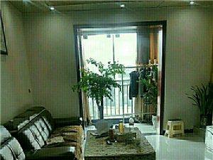龙腾锦城3室2厅2卫2000元/月