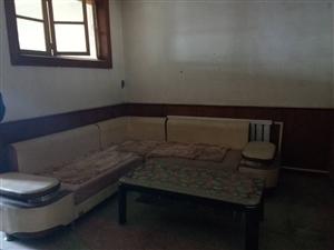 西实验学区3室1厅1卫70万元