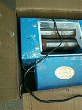 出售早点设备煮面炉蒸包炉面条机,豆浆机等