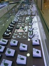 出售:八成新玉器柜台,带LED灯长宽高120�M×60�M×90�M有意电话联系15369277186