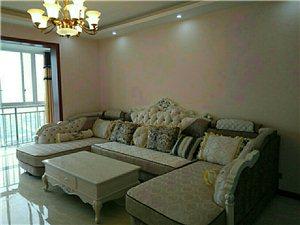 江畔明珠4室2厅2卫75.8万元