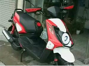 浙江珠峰厂珠鹰牌踏板125摩托车
