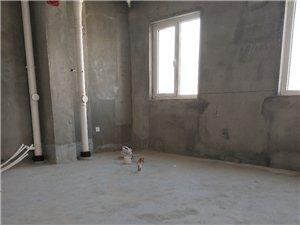 华希广场2室1厅1卫45万元送30平小公寓