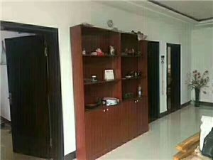 高原小区一楼4室2厅110万元按揭