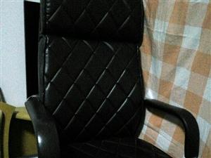 虹桥班椅子闲置欲转让。有需要的看过来。可议价。