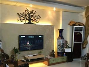 百宏滨江花园4室2厅2卫120万元