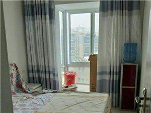 路发枫林绿洲3室2厅1卫1300元/月